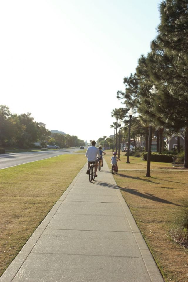 Now we are off to Alys Beach.  This is what the bike  / pedestrian path looks like from Seacrest to Alys Beach.